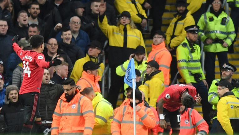 Расистки обиди на дербито на Манчестър