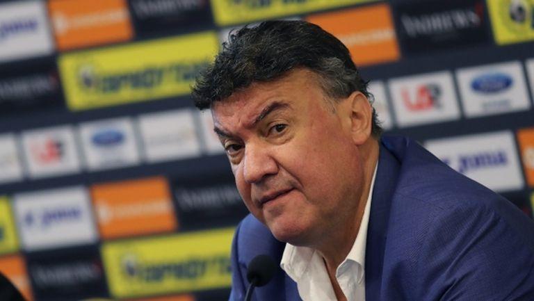 Президентът на ФИФА със специални благодарности към Боби Михайлов