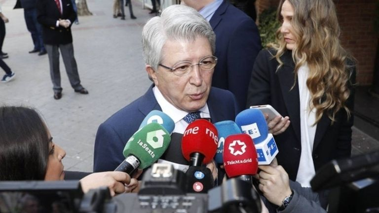 Президентът на Атлетико не е притеснен от Ливърпул