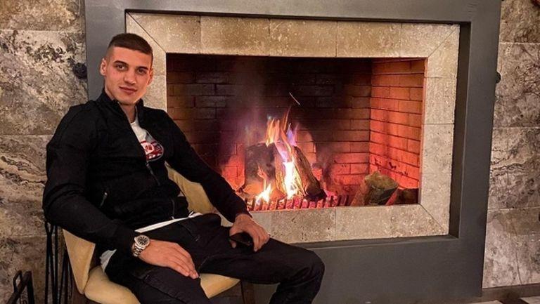 Десподов се забавлява в Кресна (снимка)
