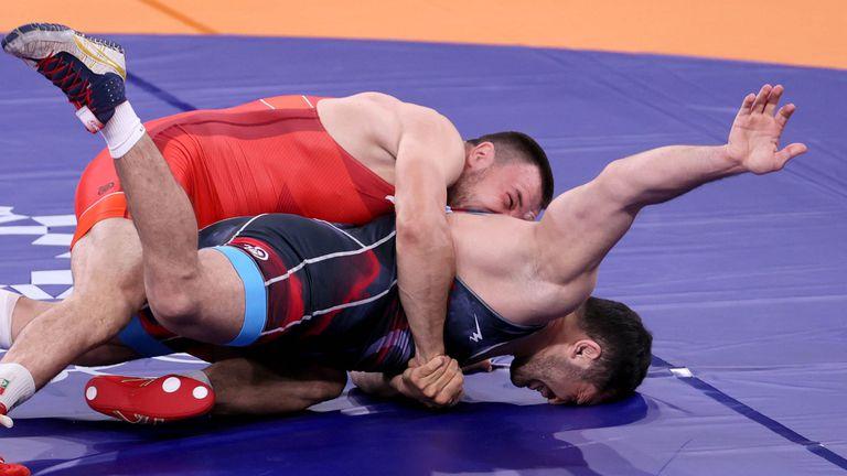 Кирил Милов загуби от иранец на 1/4-финалите в Токио