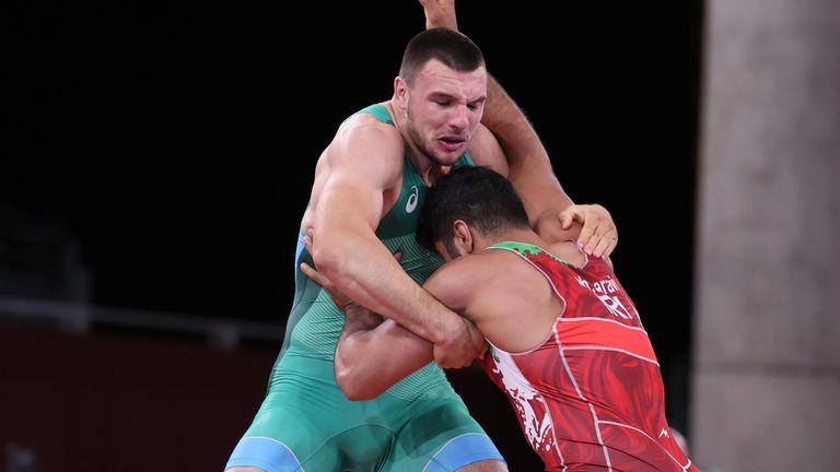 Кирил Милов загуби 1/4-финалната си среща в Токио, но има шанс да продължи напред 🇧🇬
