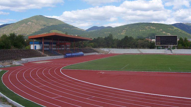 База за лека атлетика да се изгради на военния стадион предлагат в анкета граждани на Сливен
