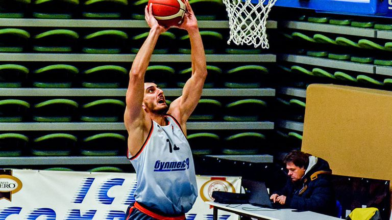 Бивш играч на Академик подписа в Северна Македония