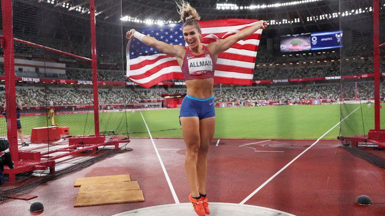 Американка е новата олимпийска шампионка на диск, Перкович остана без медал