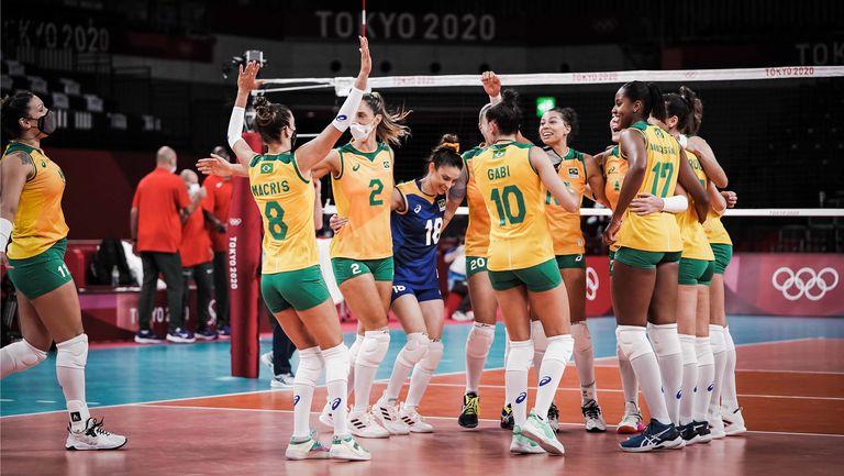 Бразилия с 5 от 5 в груповата фаза след разгром над Кения🏐