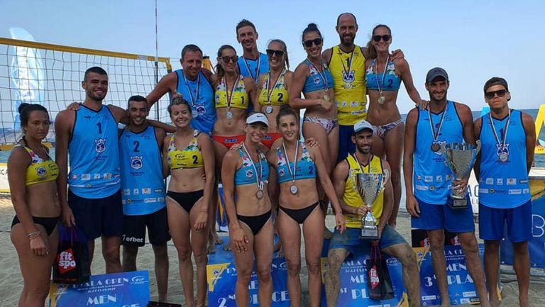 Нешев и Раев и Николова и Мишонова спечелиха турнира по плажен волейбол в Бяла🏐