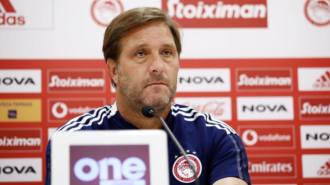 Треньорът на Олимпиакос: Жегата ще играе роля, концентрирани сме изцяло за мача с Лудогорец