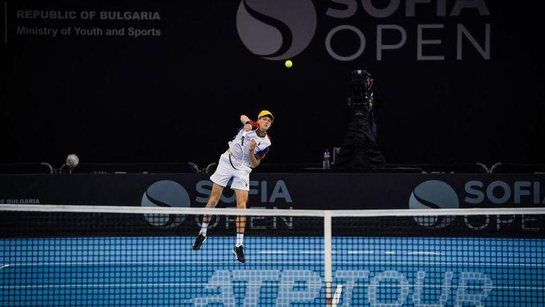 Синер направи още една крачка към Финалния турнир на ATP