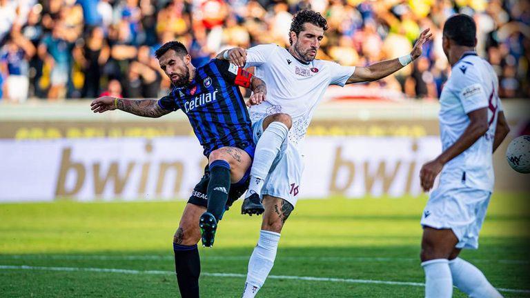 Гълъбинов титуляр при загуба на Реджина от лидера в Серия Б