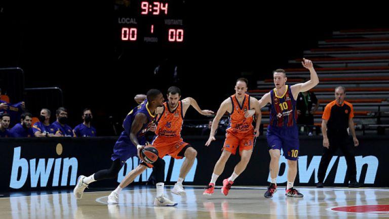 Барселона взе испанското дерби на кръга срещу Валенсия