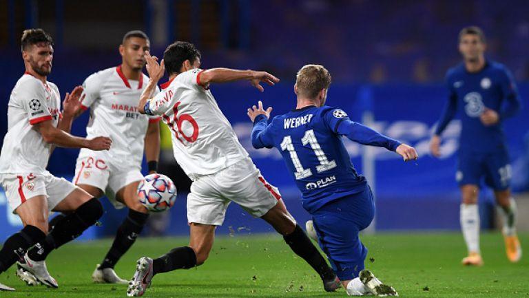Челси и Севиля се затрудниха с головете и завършиха 0:0