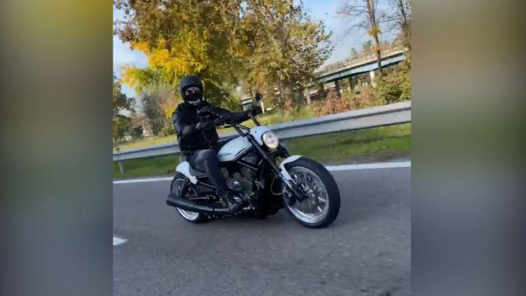 Златан подкара мотор за тренировка