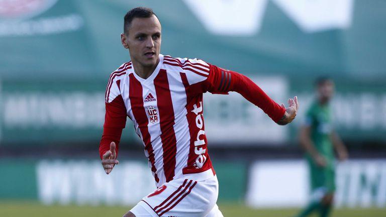 Антон Гущеров ще играе във Втора лига