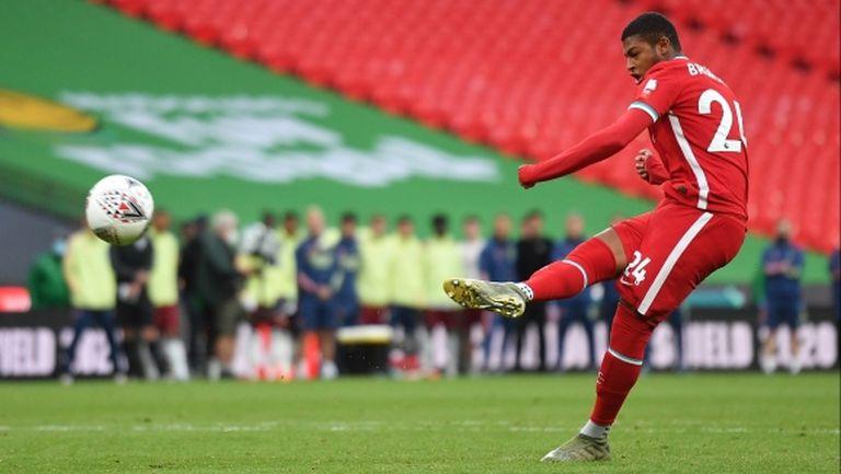 Шефилд Юнайтед чупи трансферния си рекорд за талантлив нападател на Ливърпул