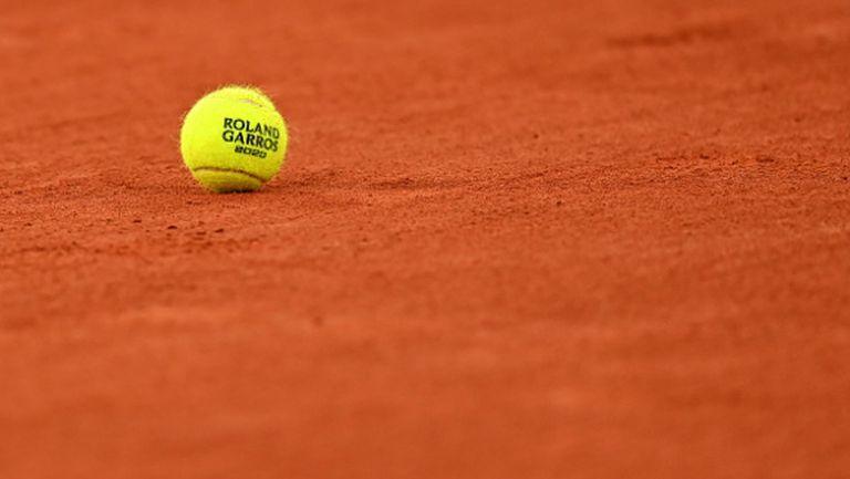 Открит тенис урок за деца организират Валентин Димов и Димитър Кузманов