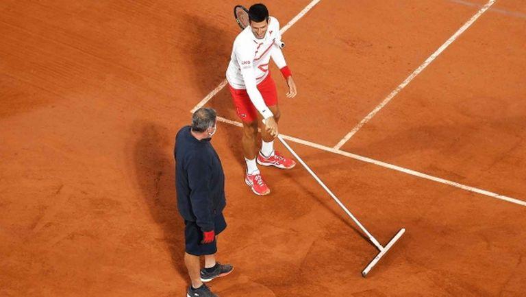 Джокович даде само пет гейма на колумбиец, задмина Федерер по победи в Париж