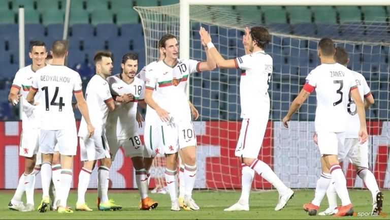 Националите ще ограничат медийните си изяви по време на лагера преди плейофа срещу Унгария