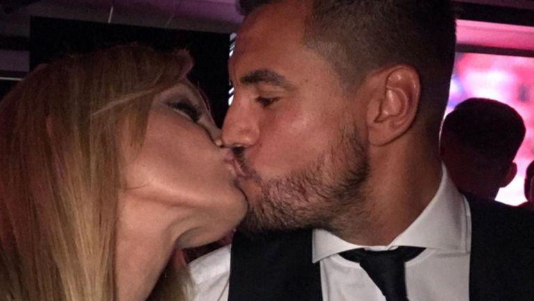 Съпругата на Серхио Ромеро скочи на Манчестър Юнайтед