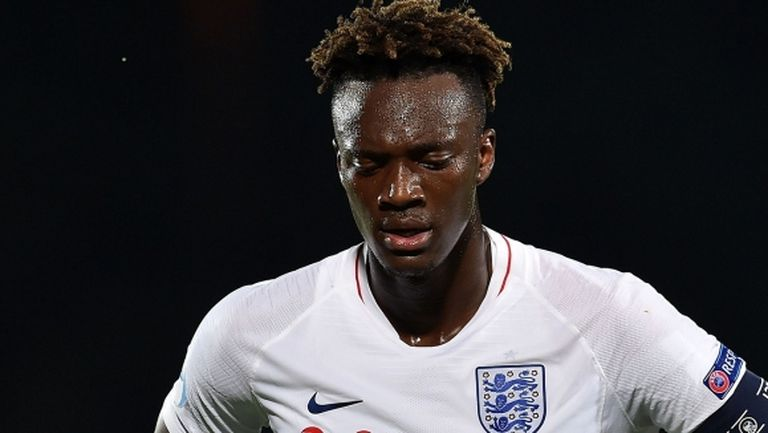 Трима от Англия пропускат мача с Уелс заради нарушаване на протокола срещу COVID-19