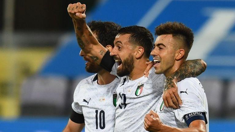 Чичо Капуто влезе в историята в дебюта си за Италия