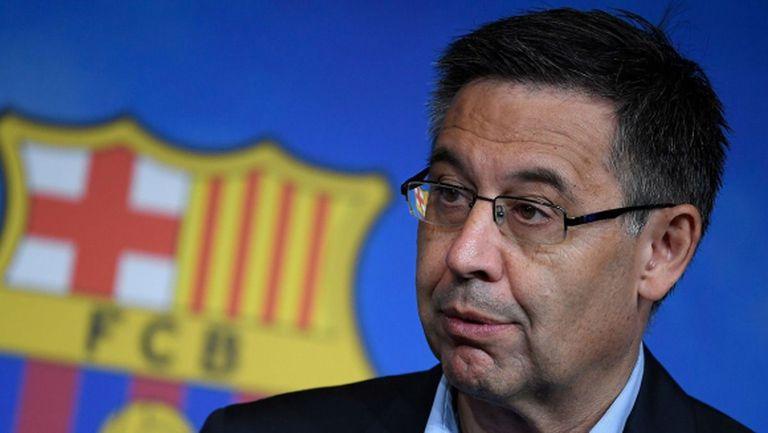 Властите проверяват достоверността на подписката за вота на недоверие към президента на Барселона