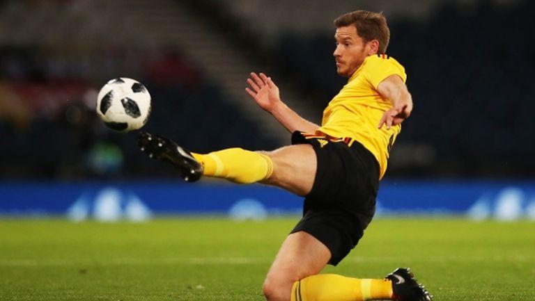 Роберто Мартинес се надява Вертонген да е на линия за Англия