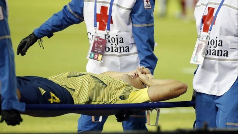 Сантиаго Ариас аут за дълго време след жестоката контузия