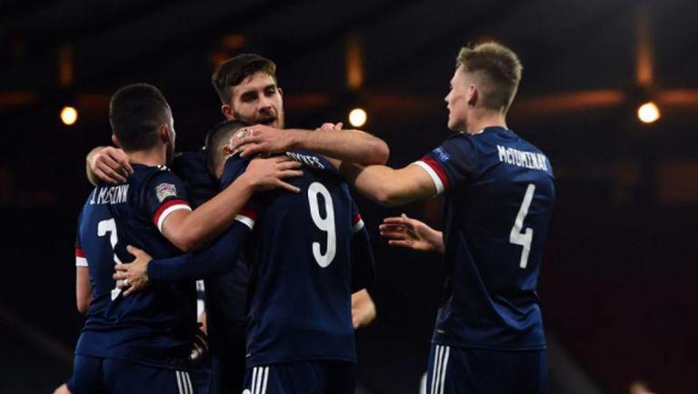 Шотландия запази лидерската позиция в групата си