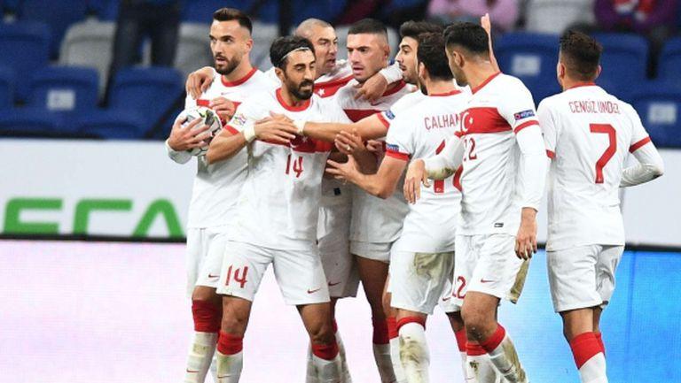 Русия и Турция взеха по точка в Москва (видео)