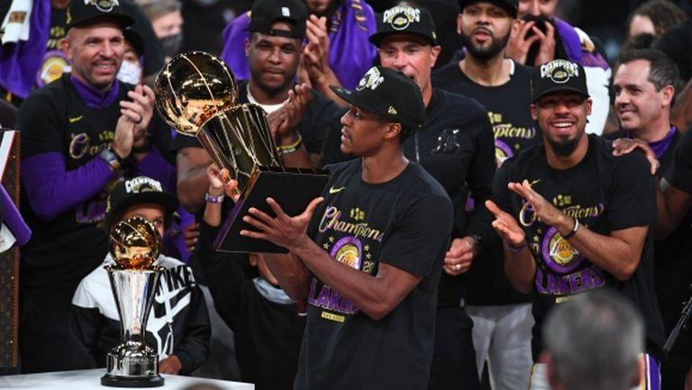 Рондо вече има титли с двете най-велики организации в НБА