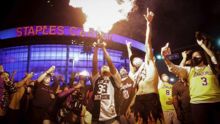 76 арестувани по време на празненствата за титлата на Лейкърс
