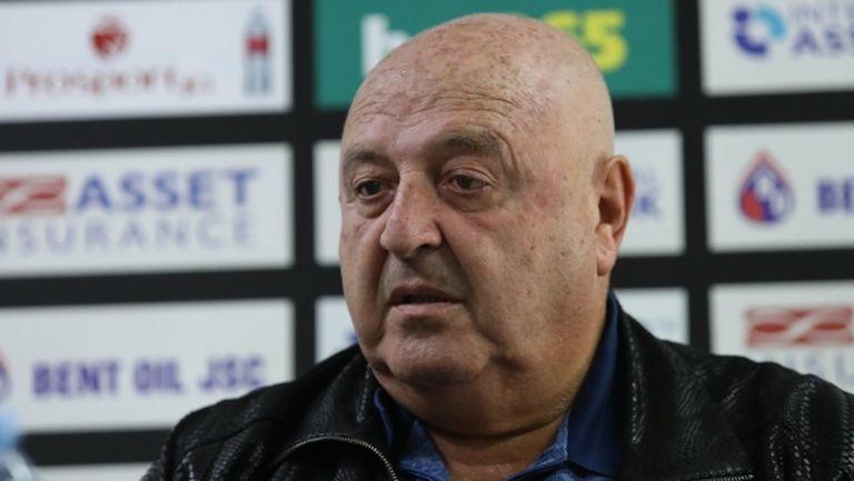Венци Стефанов представи Тарханов: Саша обича да работи с млади играчи