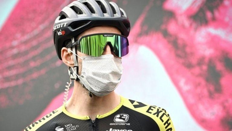 Обиколката на Италия продължава по план след бързите тестове