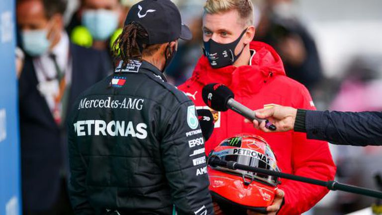 Шумахер и Мазепин може да дебютират във Формула 1 с Хаас