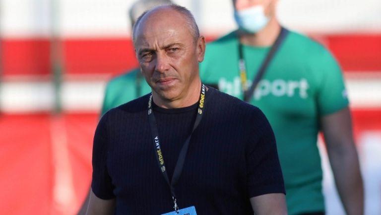 Черно море с група от 19 футболисти за мача с Левски