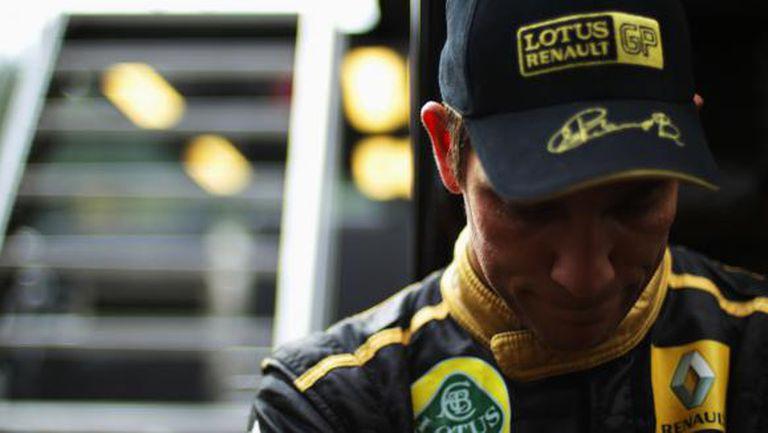 Бащата на бившия пилот от Формула 1 Виталий Петров е бил убит