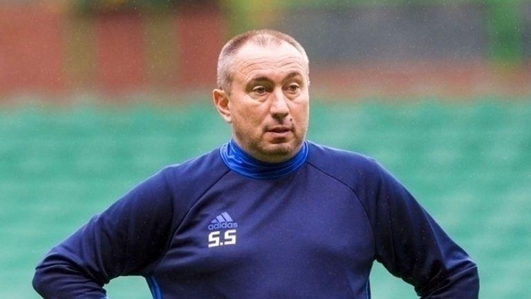 Станимир Стоилов е фаворит да поеме Лудогорец