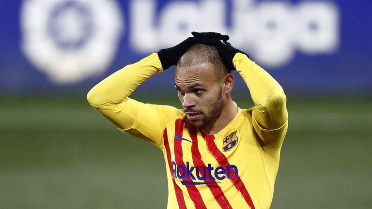 Барселона планира да се раздели с един от нападателите си