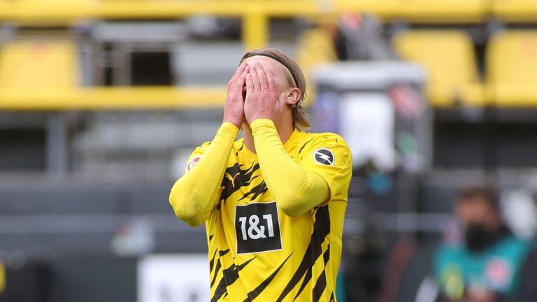 """Айнтрахт """"сложи сериозен прът"""" в амбициите на Борусия (Дортмунд) за Шампионска лига"""