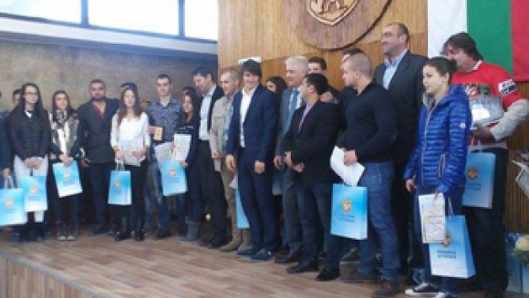 Годишните награди за спортист на Дупница ще бъдат раздадени на 27-и декември