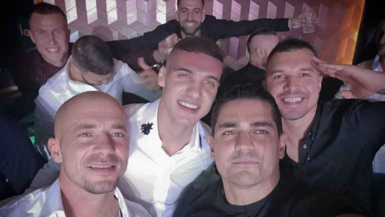 Божинов, Десподов и Ел Маестро купонясват по нощите (снимки)
