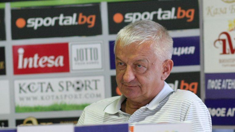 Крушарски отсече: Бием и Страсбург, Акрапович остава с мен до пенсия (видео)