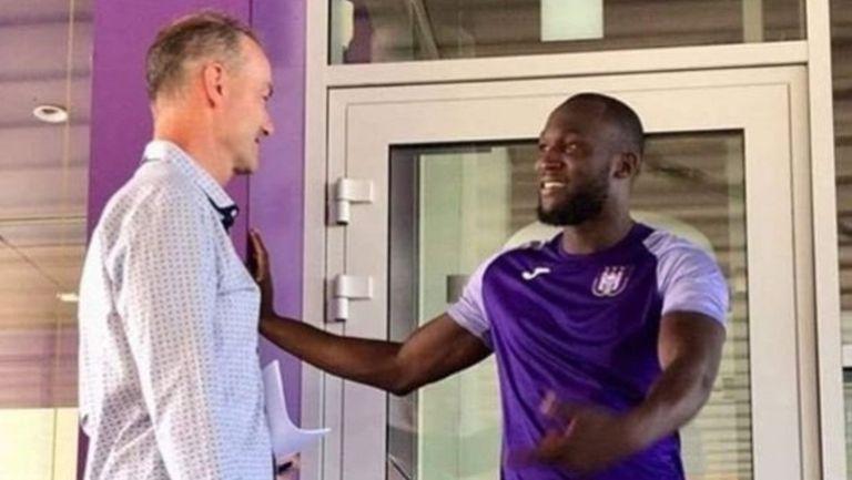 Драмата с Лукаку продължава - белгиецът тренира с Андерлехт
