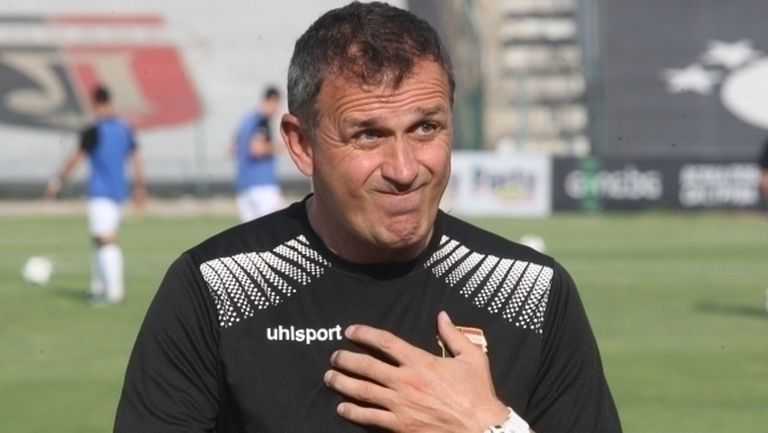 Акрапович дава пресконференция преди мача със Страсбург