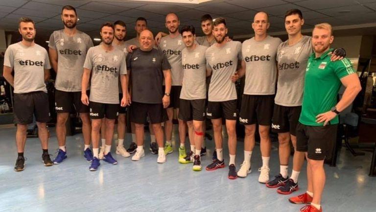 """Националите тренират в зала """"Конгресна"""" преди мача с Египет"""