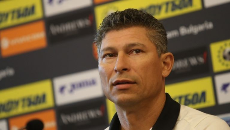 """Бала обяви състава за Черна гора и Англия - пет промени при """"лъвовете"""""""