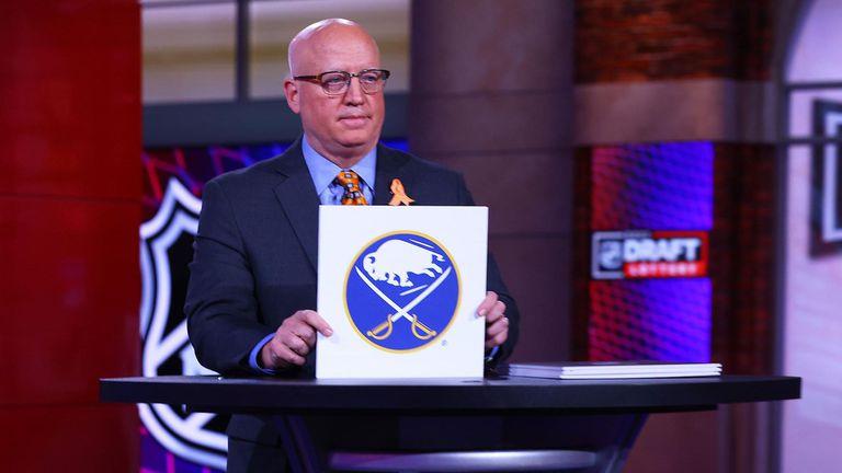 Бъфало ще избира първи в драфта на НХЛ