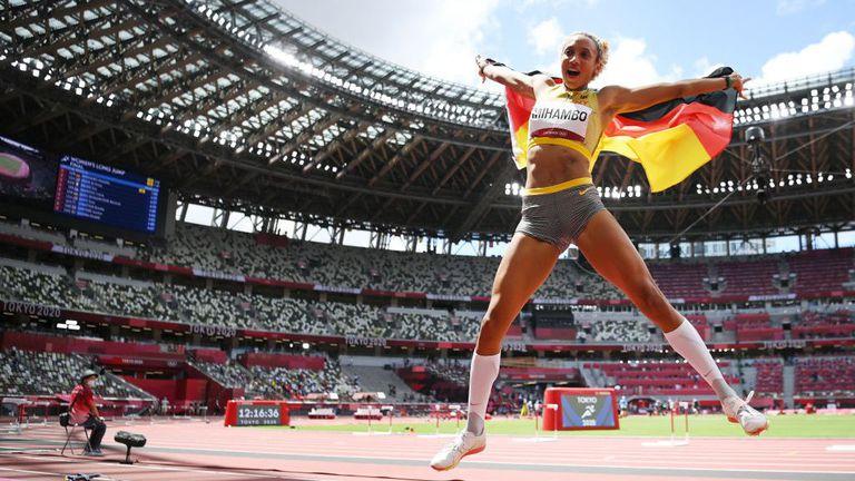 """Михамбо """"измъкна"""" олимпийското злато в скока на дължина в последния опит"""
