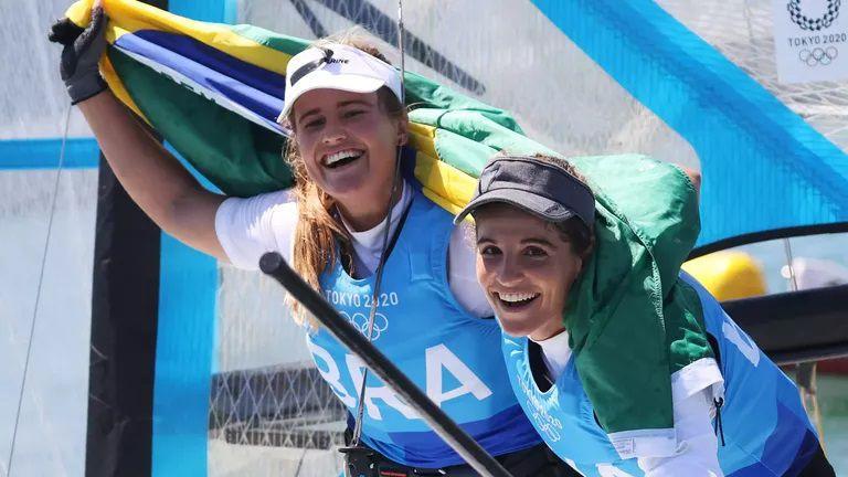 Олимпийските шампионки от Рио 2016 Мартине Граел и Кахена Кунце спечелиха злато за Бразилия в клас 49er FX